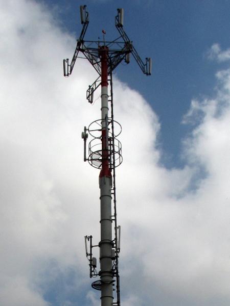 pali-per-antenne-cellulari-riparazione