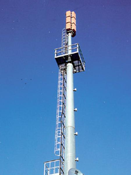 sistemazione-pali-per-telefonia-mobile