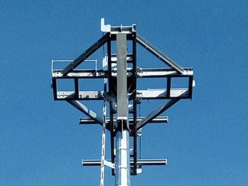 Installazione-di-torri-faro-a-struttura-fissa